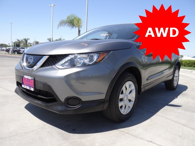 Used 2019 Nissan Rogue Sport S in Hanford, CA