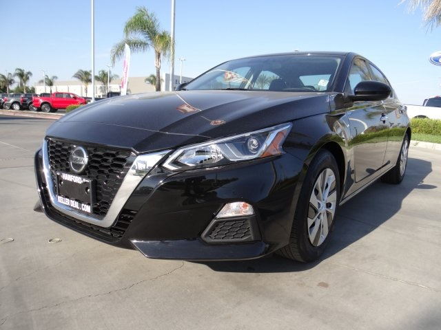 Used 2020 Nissan Altima 2.5 S in Hanford, CA