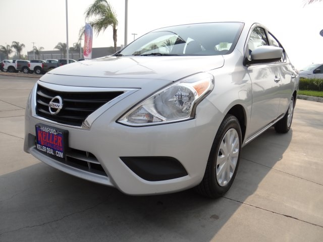 Used 2018 Nissan Versa 1.6 SV in Hanford, CA