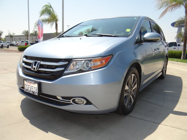 Used 2014 Honda Odyssey Touring in Hanford, CA