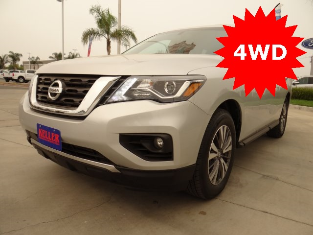 Used 2019 Nissan Pathfinder SL in Hanford, CA