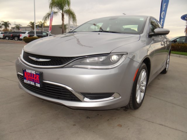 Used 2015 Chrysler 200 Limited in Hanford, CA