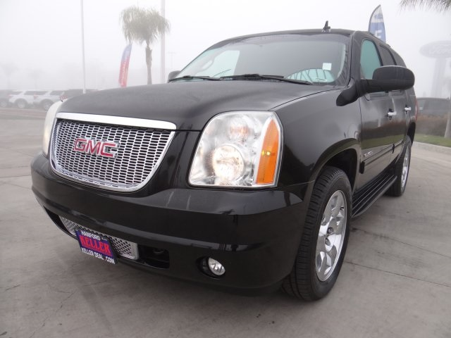 Used 2012 GMC Yukon SLT in Hanford, CA