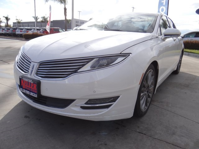 Used 2013 Lincoln MKZ Base in Hanford, CA