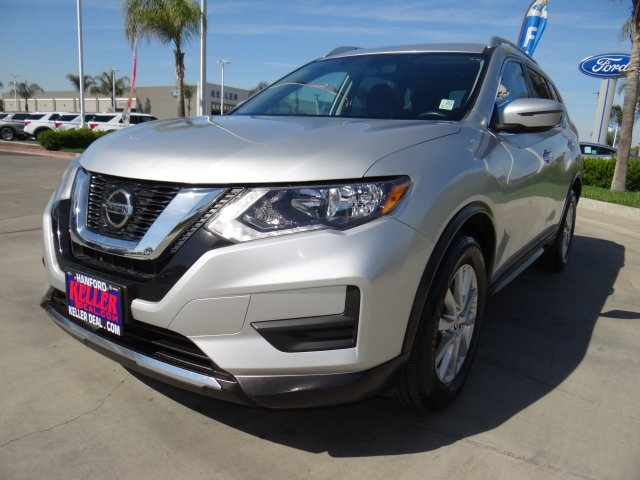 Used 2018 Nissan Rogue SV in Hanford, CA