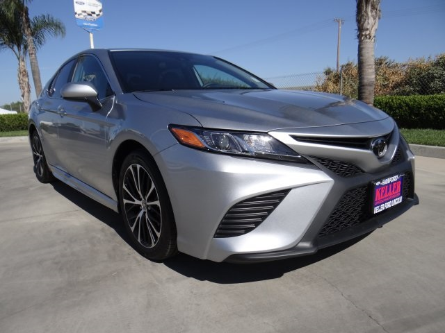 Used 2020 Toyota Camry SE in Hanford, CA