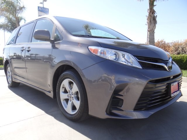 Used 2020 Toyota Sienna LE in Hanford, CA