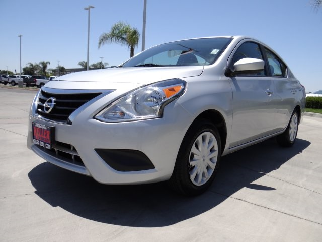 Used 2019 Nissan Versa 1.6 SV in Hanford, CA