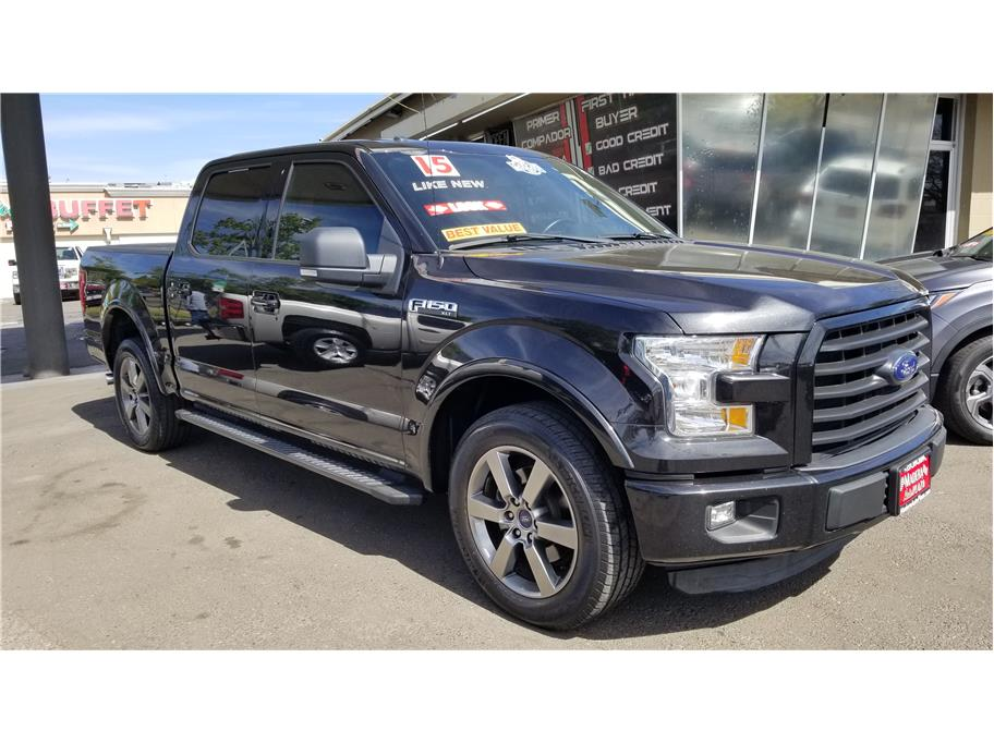 Used 2015 Ford F150 SuperCrew Cab XLT Pickup 4D 5 1/2 ft in Madera, CA