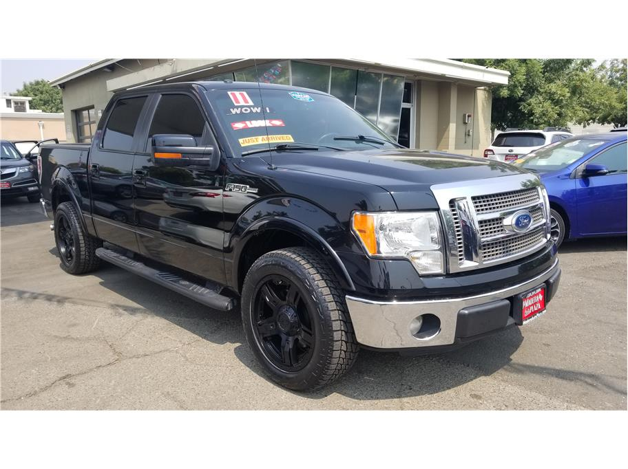 Used 2011 Ford F150 SuperCrew Cab Lariat Pickup 4D 5 1/2 ft in Madera, CA