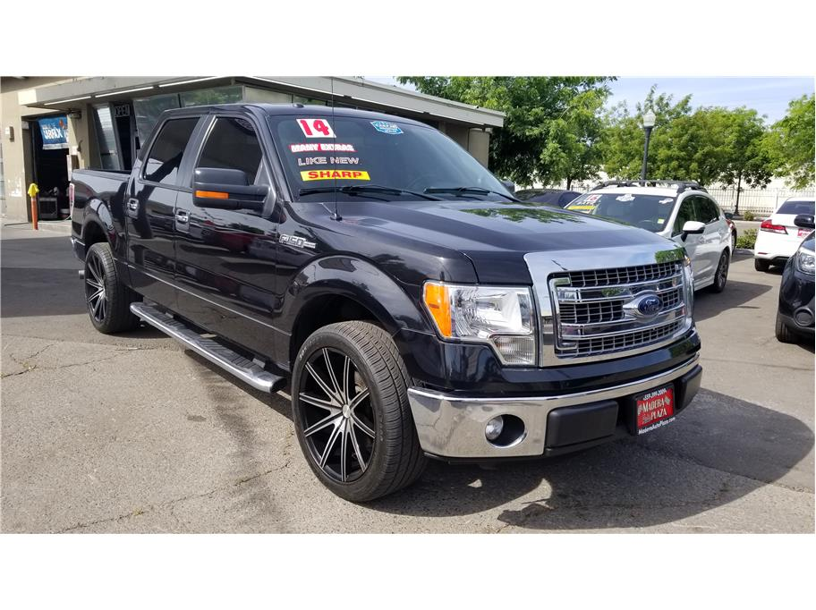 2014 Ford F150 SuperCrew Cab XLT Pickup 4D 5 1/2 ft in Madera, CA