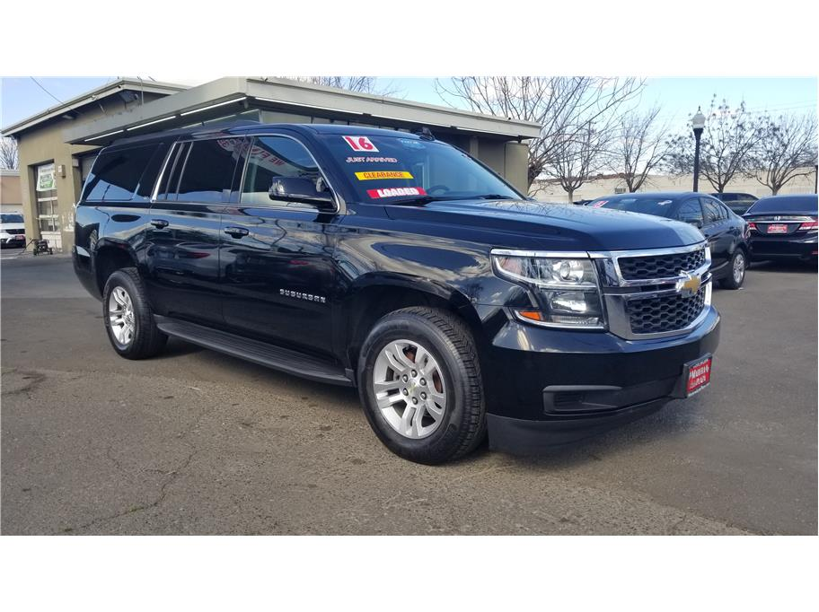 Used 2016 Chevrolet Suburban LT Sport Utility 4D in Madera, CA
