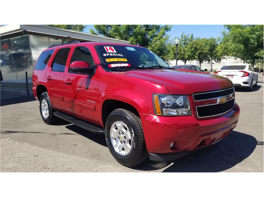 Used 2014 Chevrolet Tahoe LT Sport Utility 4D in Madera, CA