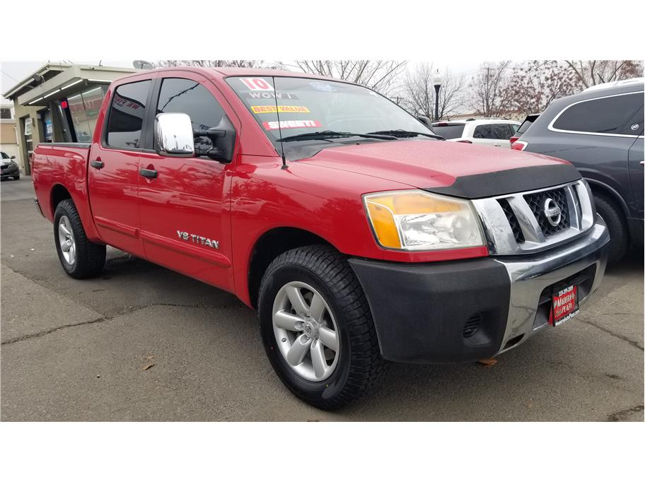 Used 2010 Nissan Titan Crew Cab XE Pickup 4D 5 1/2 ft in Madera, CA