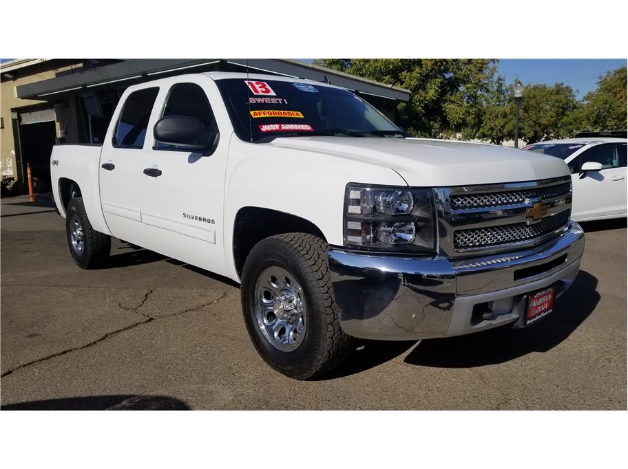 Used 2013 Chevrolet Silverado 1500 Crew Cab LT Pickup 4D 5 3/4 ft in Madera, CA