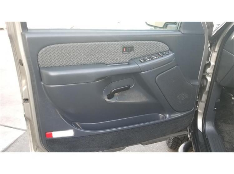 2002 Chevrolet Avalanche 1500 Sport Utility Pickup 4D