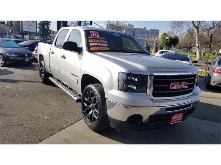 2010 GMC Sierra 1500 Crew Cab SLE Pickup 4D 5 3/4 ft in Madera, CA