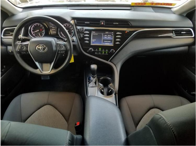 2018 Toyota Camry LE Sedan 4D
