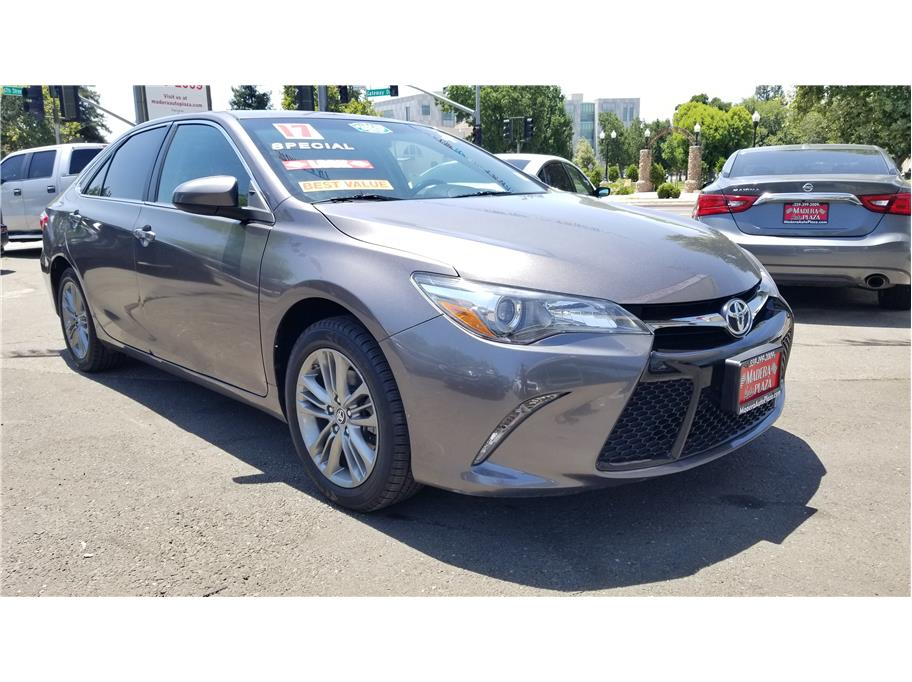 Used 2017 Toyota Camry SE Sedan 4D in Madera, CA