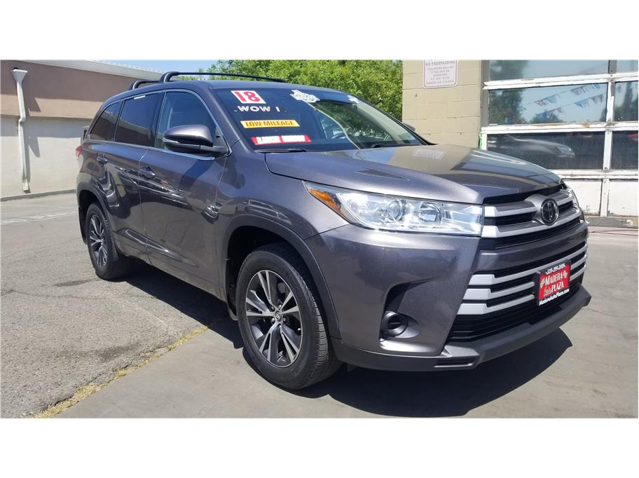 Used 2018 Toyota Highlander LE Sport Utility 4D in Madera, CA