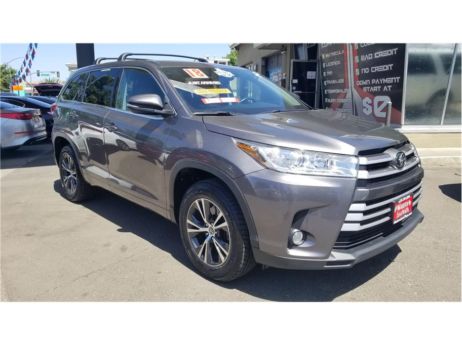 Used 2018 Toyota Highlander LE Plus Sport Utility 4D in Madera, CA