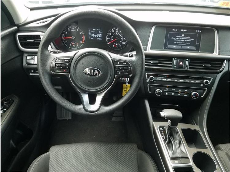 2018 Kia Optima LX Sedan 4D