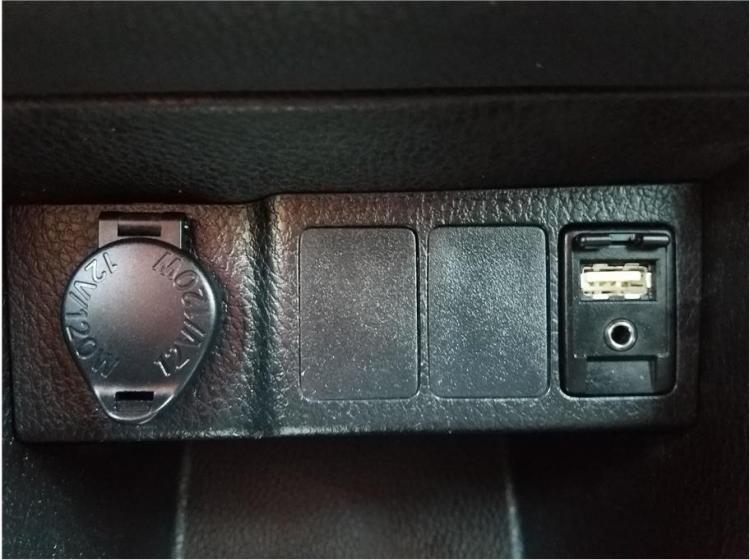 2017 Toyota Corolla SE Sedan 4D