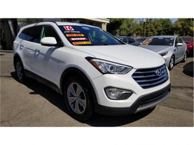 2016 Hyundai Santa Fe SE Sport Utility 4D