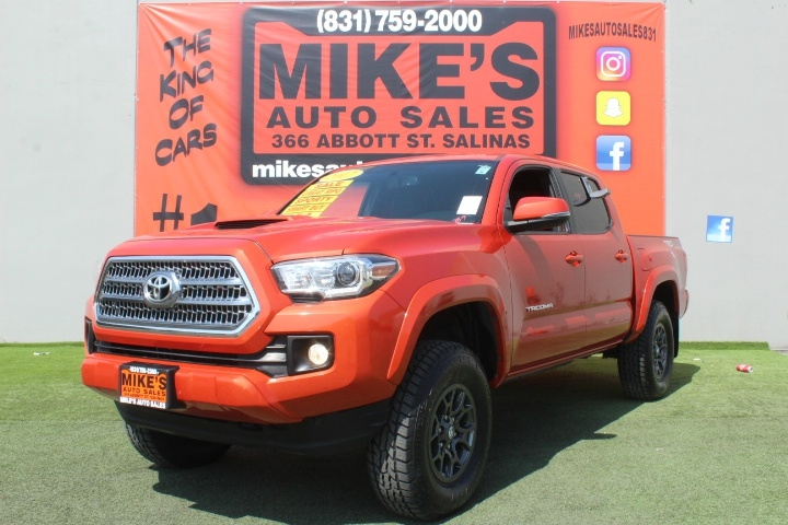 Used 2017 Toyota Tacoma SR5 Double Cab 5 Bed V6 4x4 AT in Salinas, CA