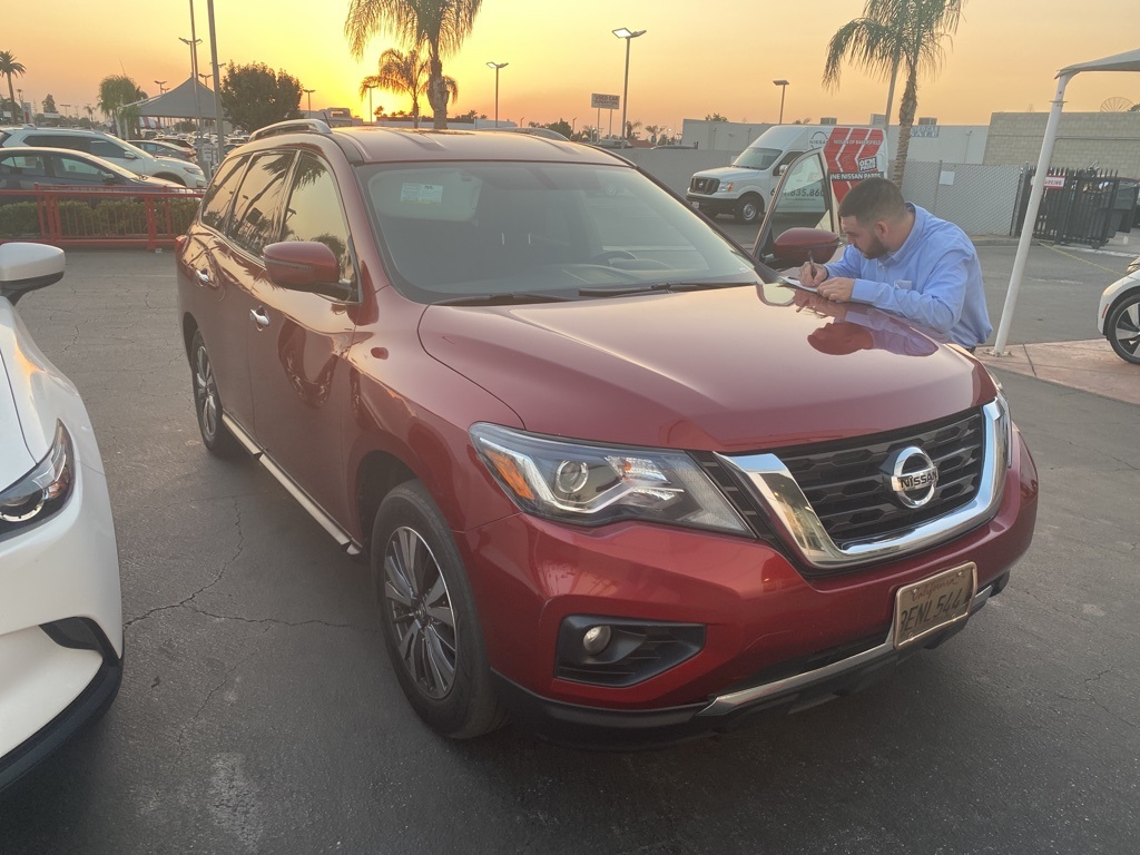 Used 2017 Nissan Pathfinder SV in Bakersfield, CA