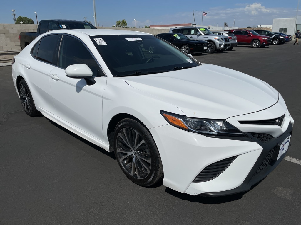 Used 2019 Toyota Camry SE in Bakersfield, CA