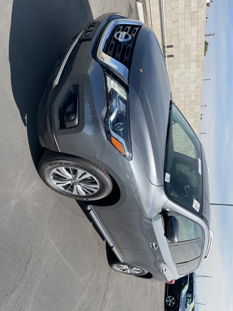 Used 2020 Nissan Pathfinder SL in Bakersfield, CA