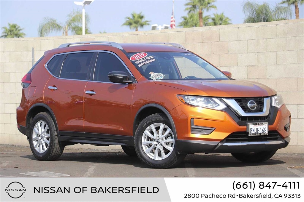Used 2019 Nissan Rogue SV in Bakersfield, CA