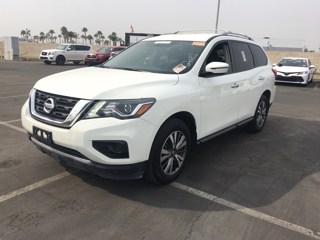Used 2019 Nissan Pathfinder S in Bakersfield, CA