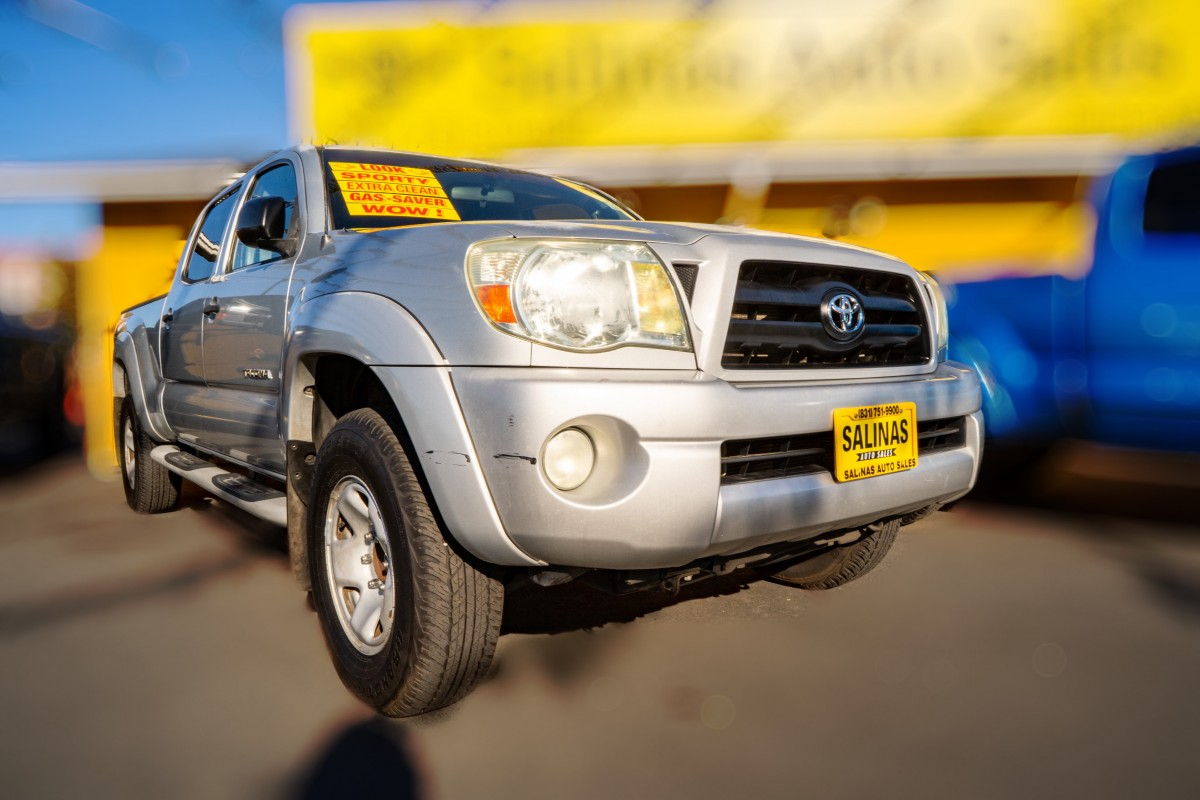 Used 2005 TOYOTA Tacoma PreRunner V6  in Gilroy, CA