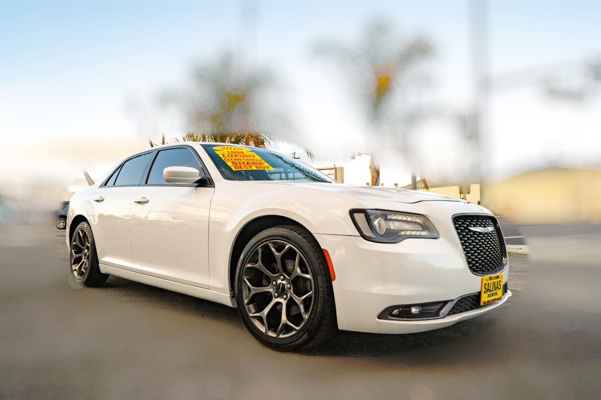 Used 2016 CHRYSLER 300 S  in Gilroy, CA