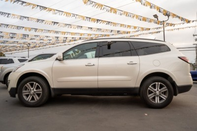 Used 2015 CHEVROLET TRAVERSE LT  in Gilroy, CA