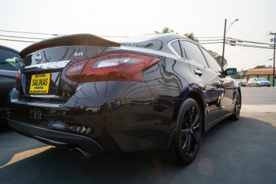 Used 2017 NISSAN ALTIMA SR  in Gilroy, CA