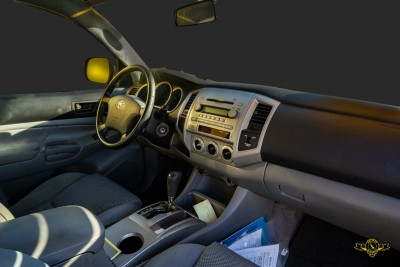 Used 2006 TOYOTA Tacoma PreRunner V6  in Gilroy, CA