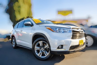 Used 2014 TOYOTA HIGHLANDER Limited  in Gilroy, CA