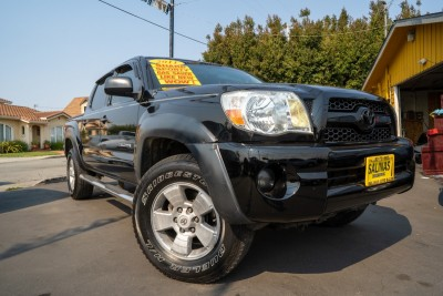 Used 2011 TOYOTA TACOMA Base Double Cab  in Gilroy, CA