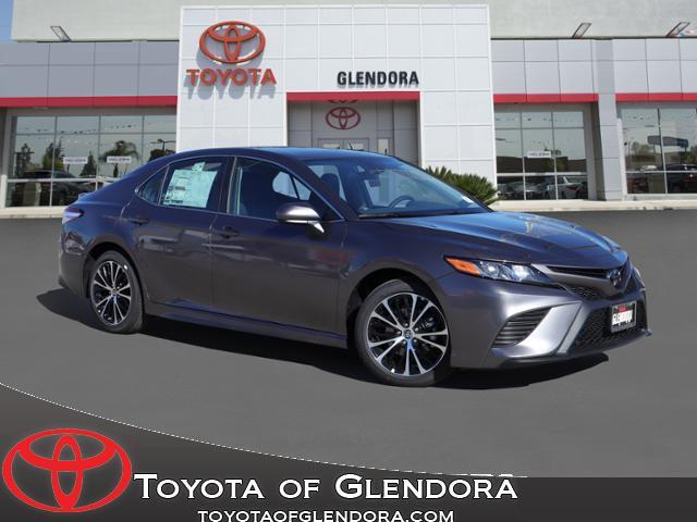 New 2020 Toyota Camry SE in Glendora, CA