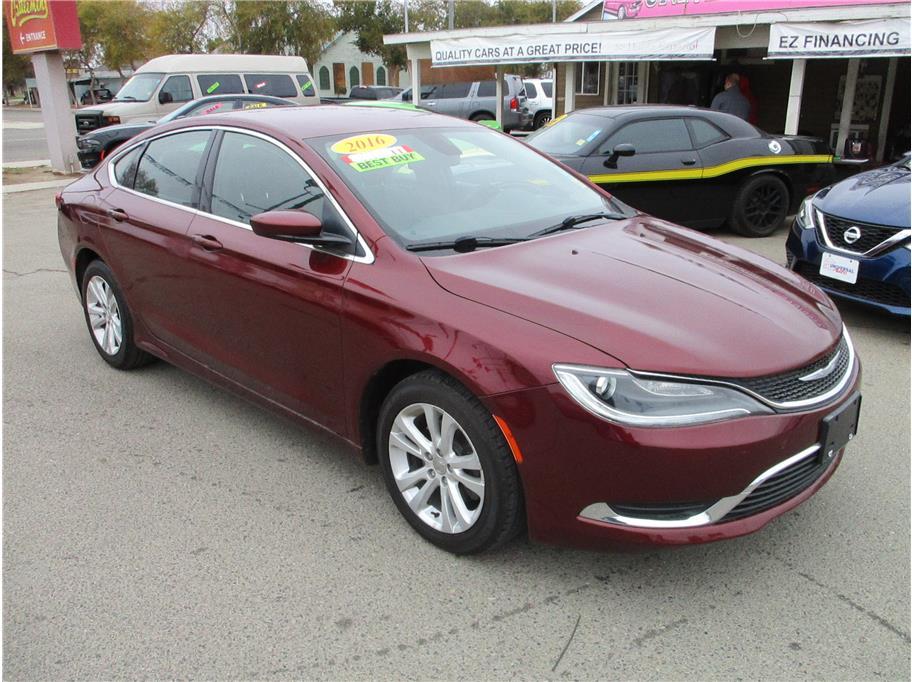 2016 Chrysler 200 Limited Sedan 4D in Selma, CA
