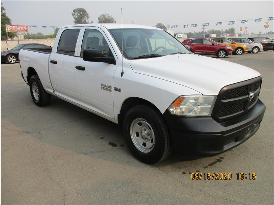 Used 2014 Ram 1500 Crew Cab Tradesman Pickup 4D 6 1/3 ft in Selma, CA