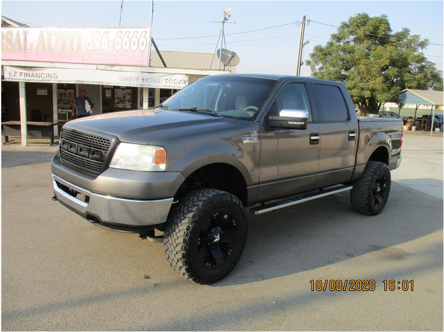 Used 2006 Ford F150 SuperCrew Cab XLT Pickup 4D 5 1/2 ft in Selma, CA