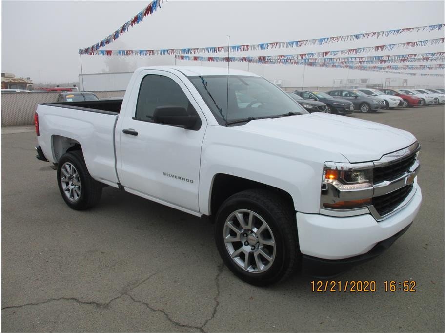 Used 2018 Chevrolet Silverado 1500 Regular Cab Work Truck Pickup 2D 6 1/2 ft in Selma, CA