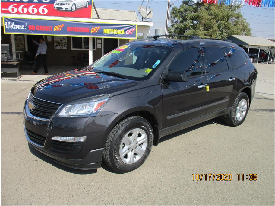 Used 2016 Chevrolet Traverse LS Sport Utility 4D in Selma, CA