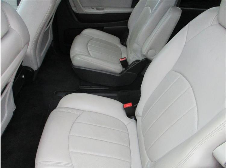 2011 Chevrolet Traverse LTZ Sport Utility 4D