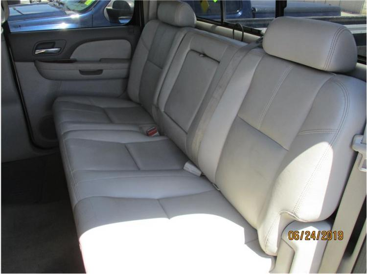 2008 GMC Sierra 3500 HD Crew Cab SLT Pickup 4D 8 ft