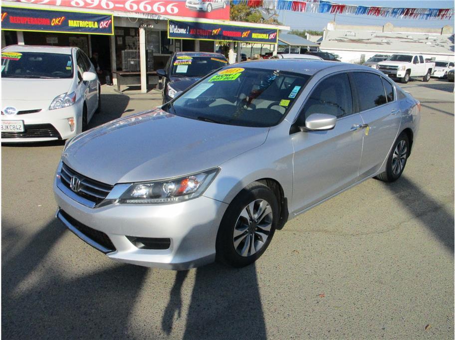 Used 2013 Honda Accord LX Sedan 4D in Selma, CA